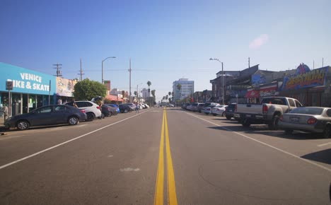 Road-Near-Venice-Beach-LA