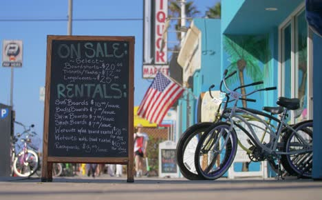 Surfboard-and-Skateboard-Rental-Sign