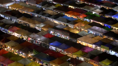 Market-Stalls-at-Night-Bangkok-02