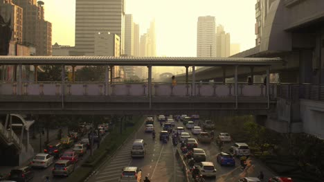 Reveal-Shot-of-Footbridge-in-Bangkok
