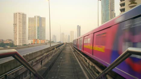 Skytrain-and-Traffic-Bridge-in-Bangkok