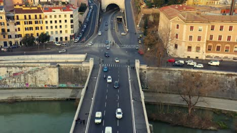Cars-Crossing-The-River-Tiber