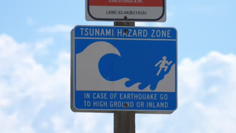 Tsunami-Hazard-Zone-Sign