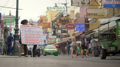 Woman-Advertising-Massages-in-Bangkok