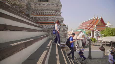 Tourists-Descending-Wat-Arun-Steps
