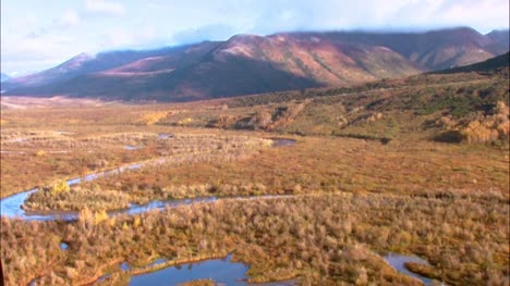 Aerial-Shot-of-Alaskan-Valley