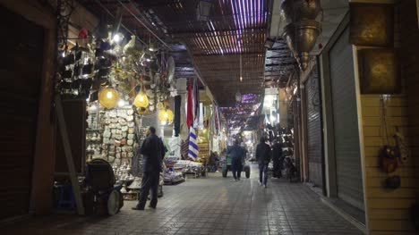 Tracking-Through-Moroccan-Market