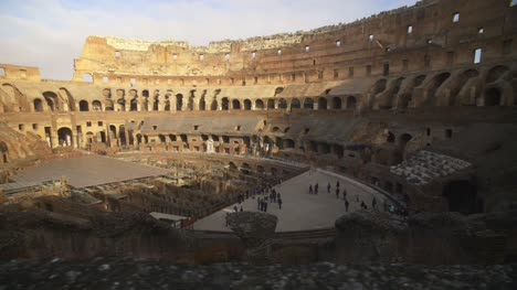 Tourists-Inside-The-Colosseum