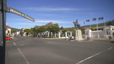 Entrance-Of-Cape-Towns-Parliament-