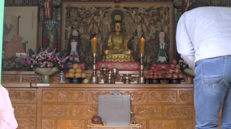 Buddha-Figurine-in-Bongeunsa-Temple