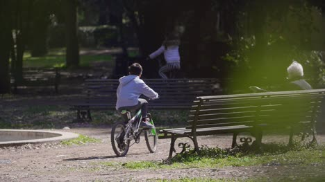 Child-Riding-A-Bike-In-Rome