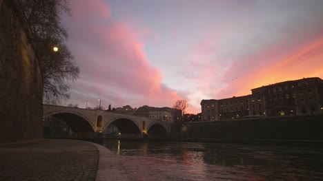 Sunset-Over-River-Tiber