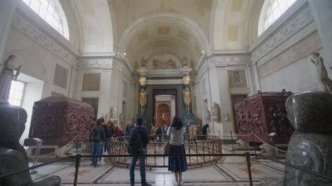 Inside-The-Vatican-Museum