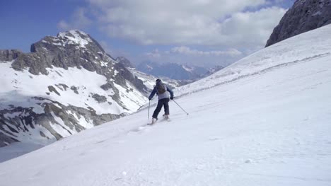 Skiing-in-Alps-01