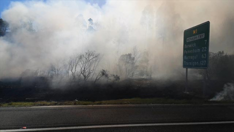 Grass-Fire-Outside-Melbourne-Australia