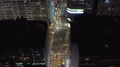 Taipei-City-Roads-At-Night-06