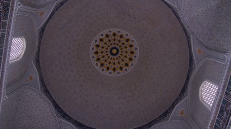 Rotating-Shot-of-Mosque-Dome