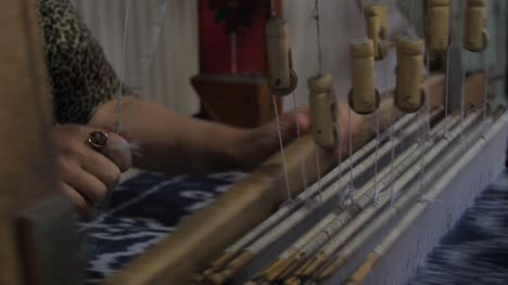 Woman-Weaving-Silk
