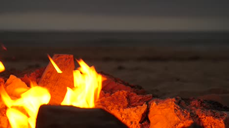 Fire-Pit-on-Beach-Close-Up