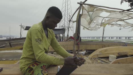 Wood-Sawing-Nigeria-01