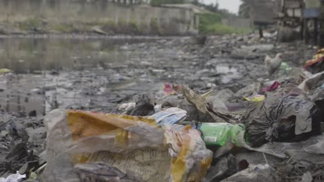 Rubbish-in-Water-Nigeria-04
