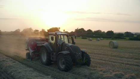 Tractor-Baling-Straw-04