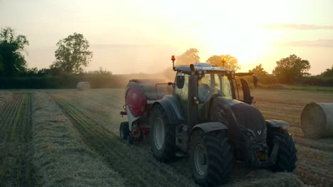 Tractor-Baling-Straw-05