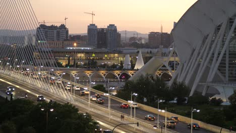 Traffic-in-Valencia-at-Dusk