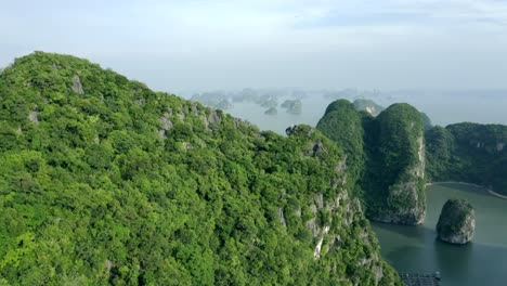 Ha-Long-Bay-by-Air-23