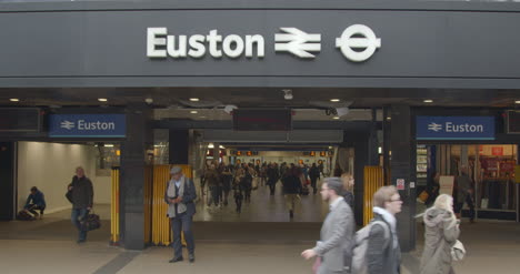 Exterior-of-London-Euston-Station-Entrance