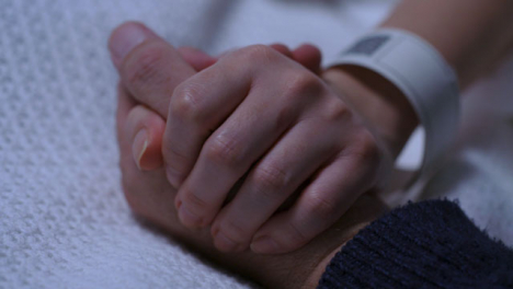 CU-Hospital-Patient-and-Visitor-Holding-Hands