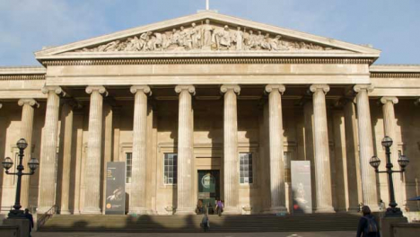 Main-Entrance-at-the-British-Museum-London