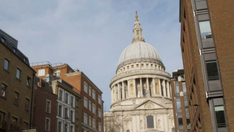 Pedestrians-Artwork-And-St-Pauls-Cathedral-
