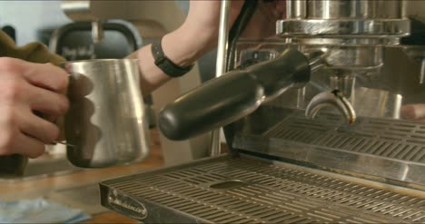 Tracking-Along-Coffee-Machine-in-Cafe-02