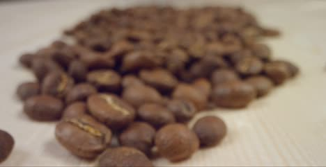 Close-Up-of-Falling-Coffee-Beans