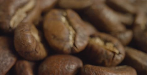 Macro-Close-Up-of-a-Pile-of-Coffee-Beans