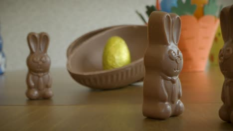 Tracking-out-From-Chocolate-Egg-to-Easter-Scene