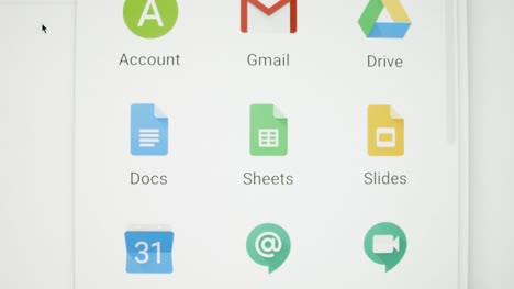 Tracking-Out-to-Google-App-Icons-on-Screen