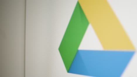Close-Up-Pan-Google-Drive-Icon-on-Screen