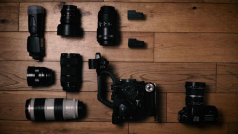 Flat-Lay-camera-Gear-Top-Right-Copy-Space