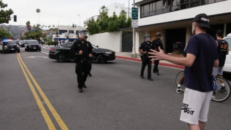 Hollywood-Police-Walk-Towards-Protesters