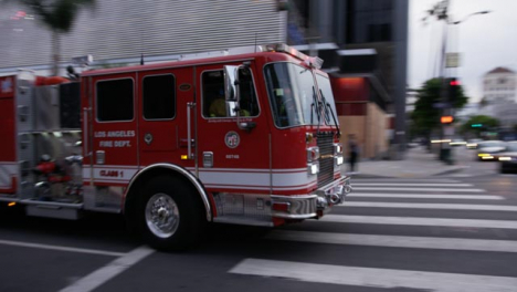 Hollywood-Convoy-of-LA-Fire-Engines-Driving-Past