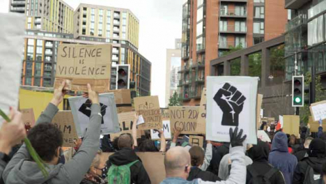 London-BLM-Protestors-Marching-and-Holding-Signs