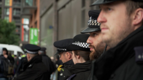London-Police-Officers-Monitor-BLM-Protests