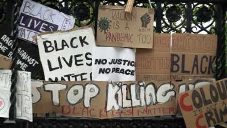 London-Tracking-in-to-Wall-of-Black-Lives-Matter-Signs-