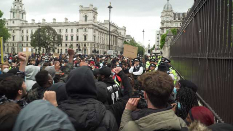 London-Black-Lives-Matter-Activist-Starts-Chanting