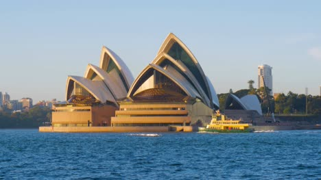 Opera-House-with-Ferry-Crossing