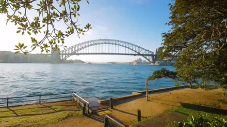 Sunny-Morning-View-of-Sydney-Harbour-Bridge