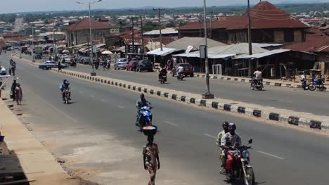 STREET-OF-AFRICAN-CITY