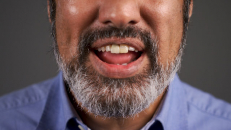 Close-Up-Angry-Middle-Aged-Man-Shouting-Portrait